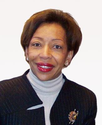 经济合作与发展组织中小企业事务副主任Mrs.Marie-Florerce Estime