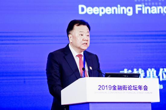闫庆民:立异金融产品 丰厚效能经济高质量开展新东西