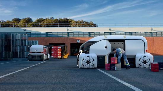 2018年9月24日,雷诺(Renault)推出了一款未来新型无人驾驶汽车EZ-Pro,将于2030年上路(图片来源:东方IC)