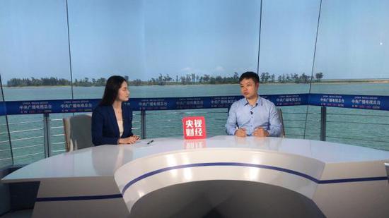 央视财经专访何小鹏:一个被马云雷军同时相中的男人