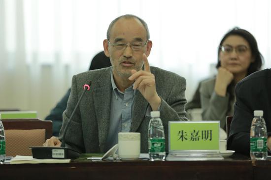莫干山研究院学术委员会联席主任朱嘉明
