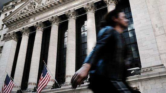 开盘:受中国股市大涨提振 美股周一高开