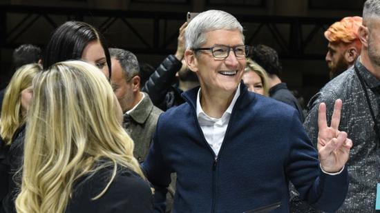 苹果与金融股推动美股收高 道指涨逾200点