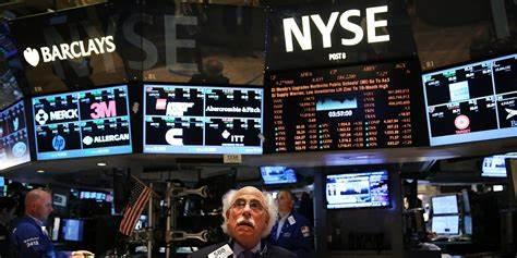 """美股盘前:""""惊骇数据""""将公布 道指期货下跌近百点"""