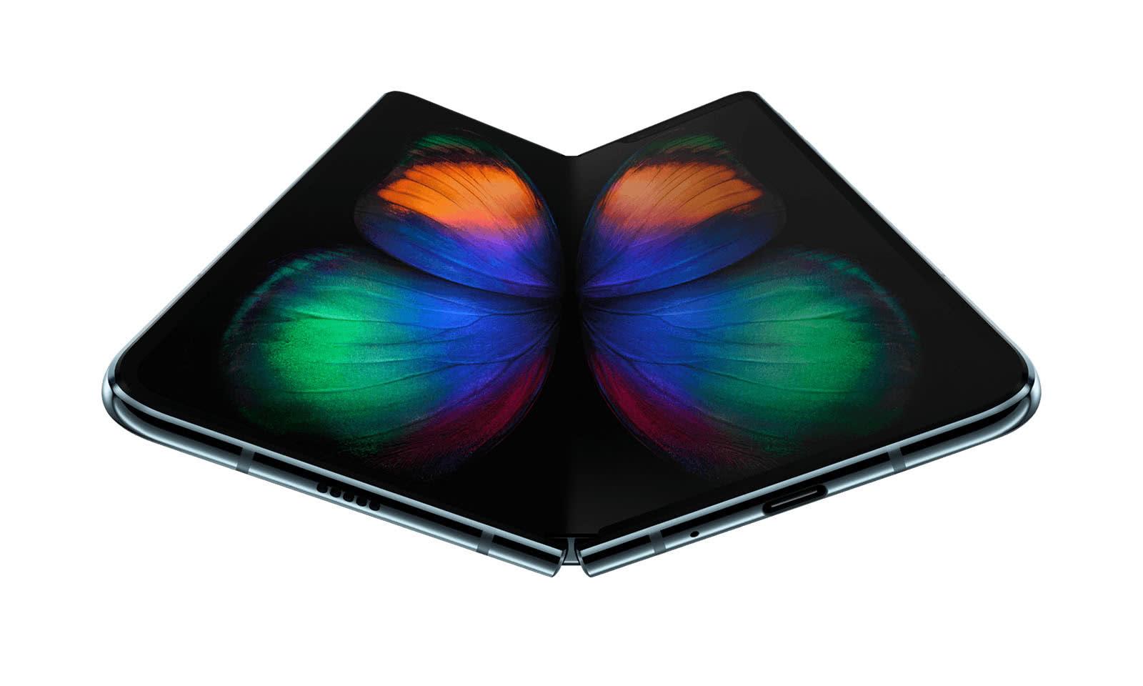 未来的iPhone长这样?苹果折叠屏专利:构想十分前卫