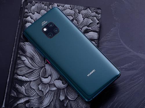 高端智能手机市场报告:华为首次