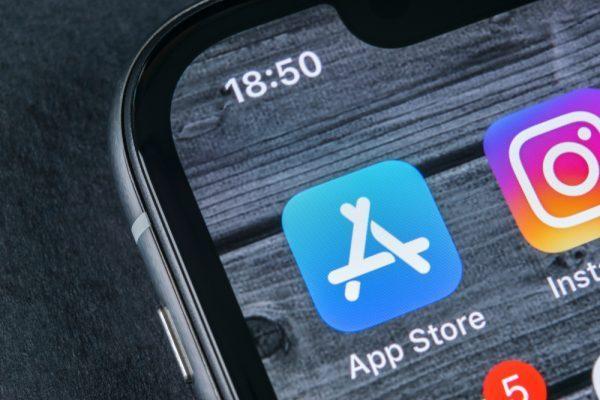 iPhone中国销量低迷 苹果计划协