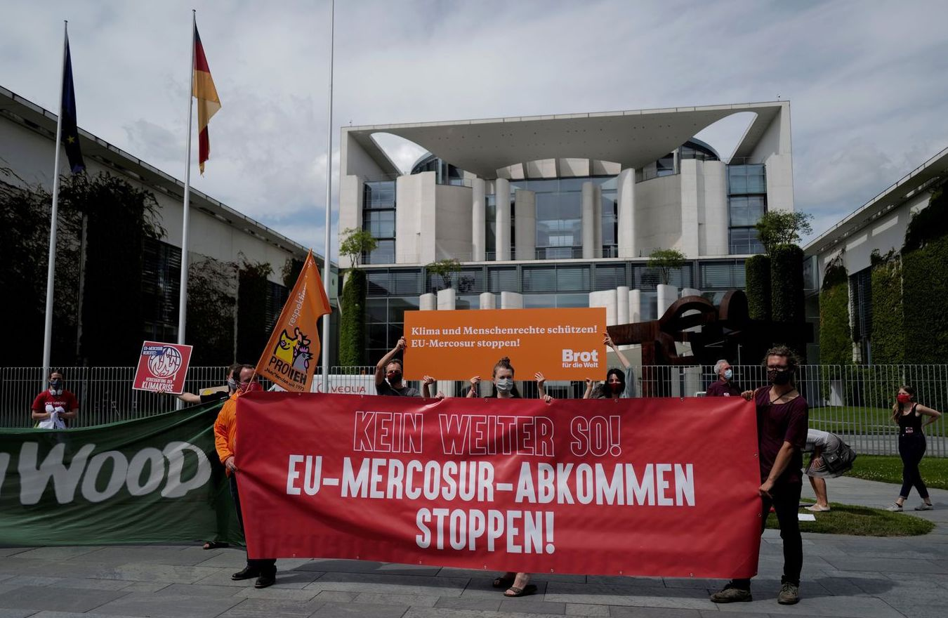 德国举行反对南方共同市场与欧盟自贸协定抗议