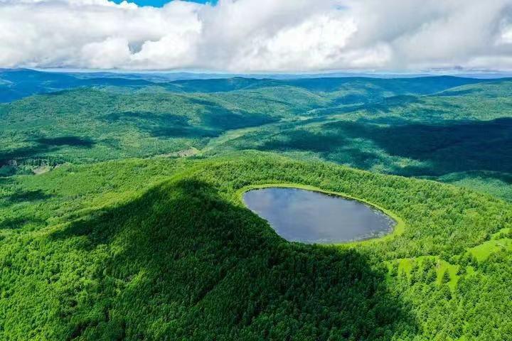 如何科学发展生态旅游、追求和谐共生之美?