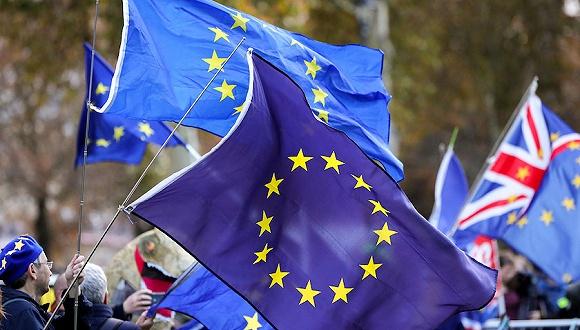 11月19日,英国伦敦,反脱欧民众游行示威。图片来源:视觉中国