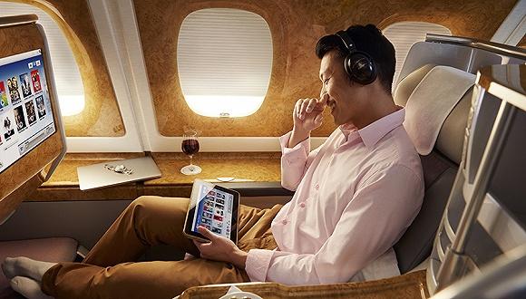 """有了WiFi,阿联酋航空如何捍卫""""空中娱乐之王"""""""