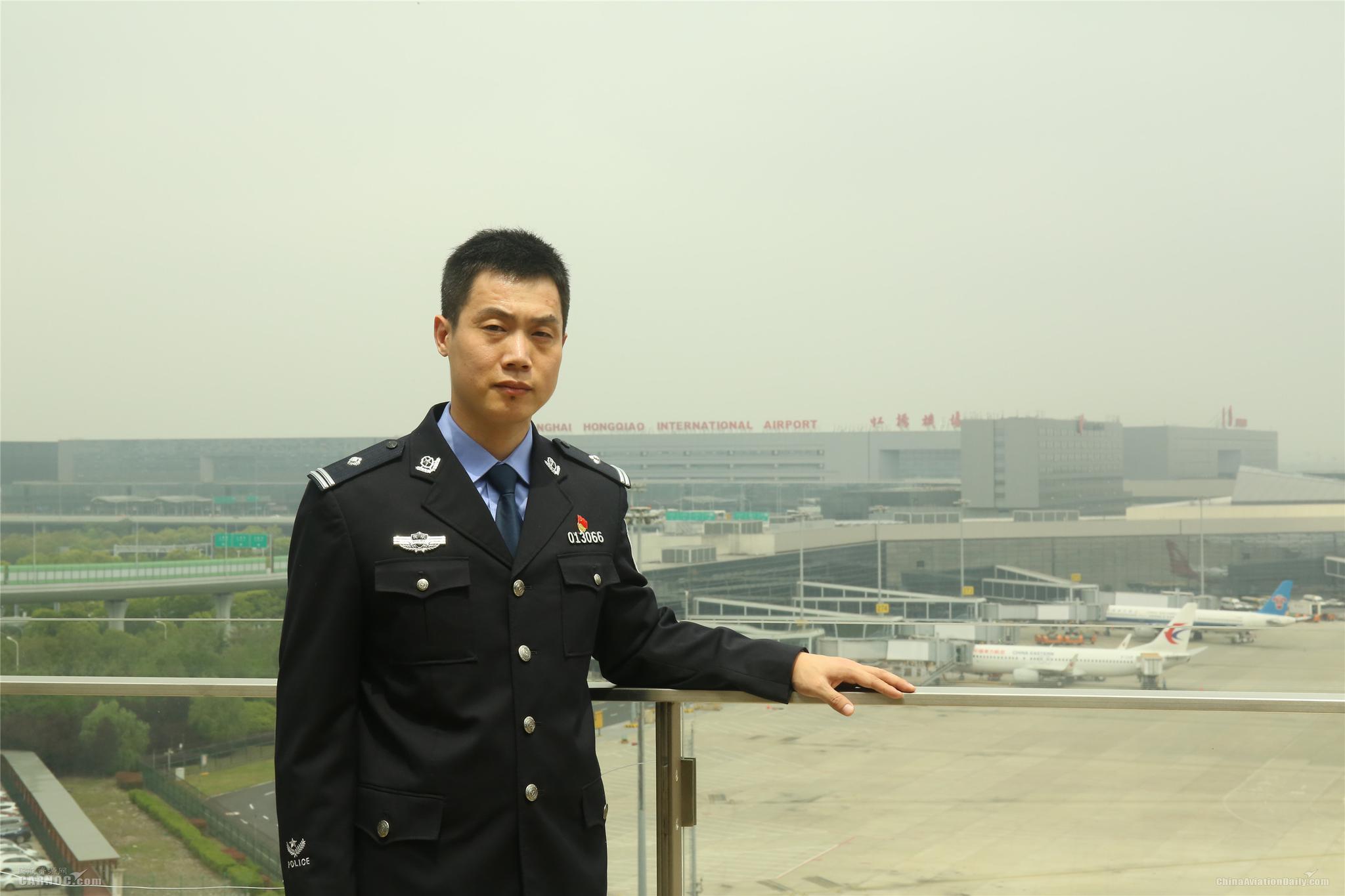 碌碌有为 人生有味: 上海五一劳动奖获得者周斐
