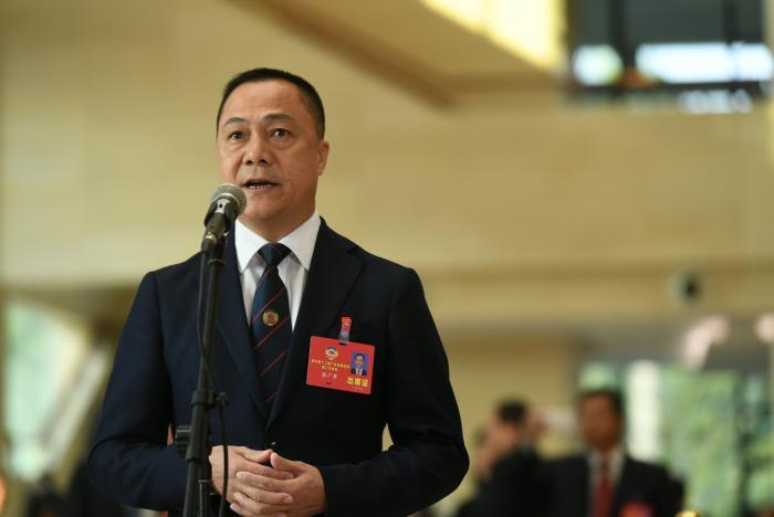 广东省政协委员张广军:为撑企业、保就业、稳经济发声,鼓励国有