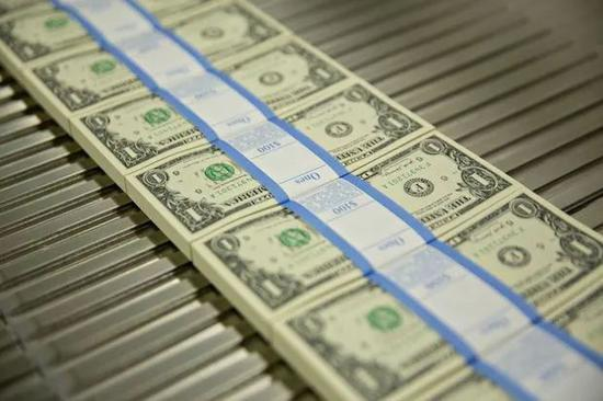 《外交事务》:经济和政治成本高 美国应主动放弃美元霸权地位,新华大宗