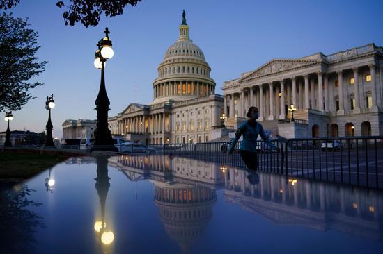 美国众议院通过庞大支出法案 纾困、拨款和减税均囊括其中+学习外汇