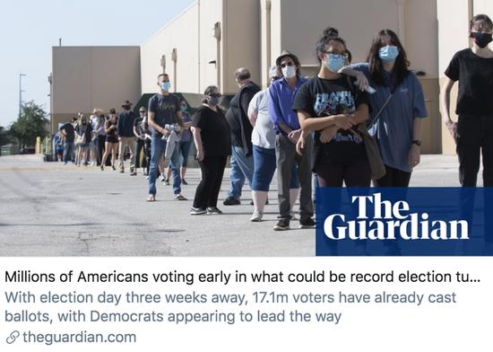 在有可能创纪录的大选年当中,数以百万计的美国人正在进行提前投票。/《卫报》报道截图