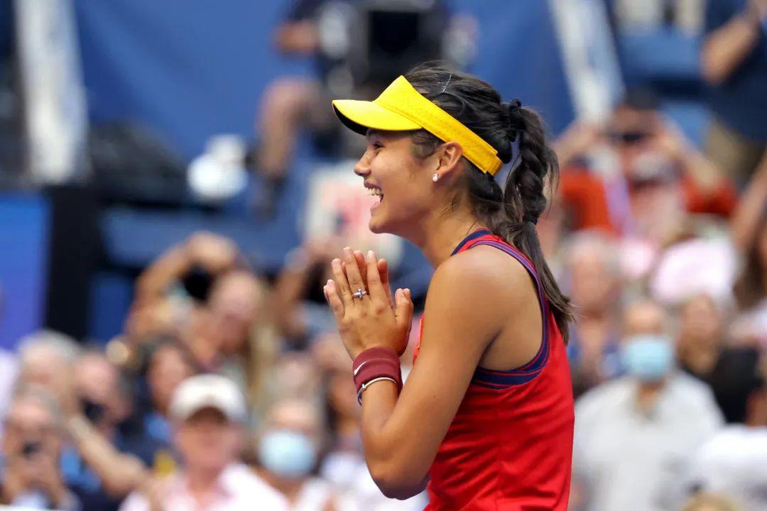 18岁华裔天才少女美网夺冠,激励了<a href=