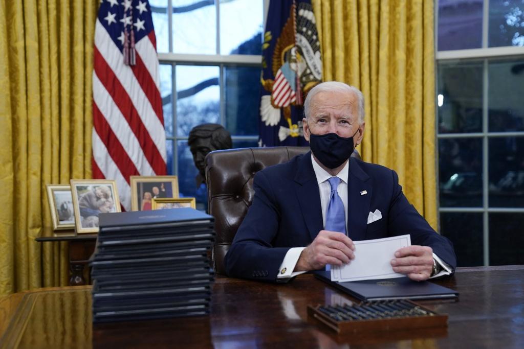 """拜登:特朗普给我留了封信 写得""""挺大方"""", 外汇交易知识"""