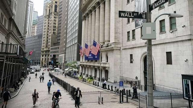 """纽约年轻人计划""""重新占领华尔街"""":金融巨头们应该进监狱_外汇群"""