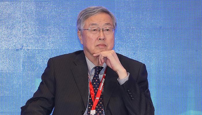 周小川:不必过度关注人民币走势| 外汇交易及资金管理