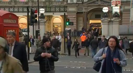 脱欧后英新移民方案将用积分制 70%欧盟劳工不符合!-汇市