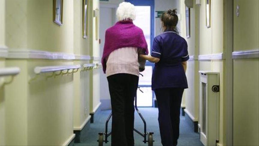 被忽视的阵线:英国半数养老院感染新冠病毒|外汇市场开户
