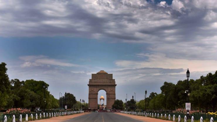 穆迪将印度评级降至最低投资等级 展望为负面_美国大选对中国股市的影响