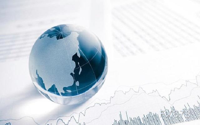 为何新兴市场多头欢迎美元走软?专家揭秘背后两大原因|外汇开户费
