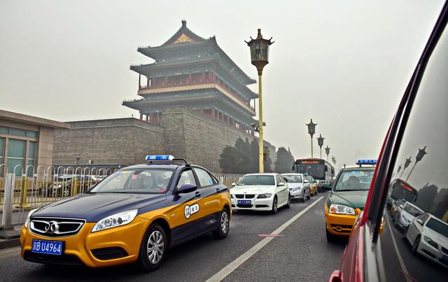 出租车对网约平台依赖性增强 交通部称鼓励新老业态融合发展