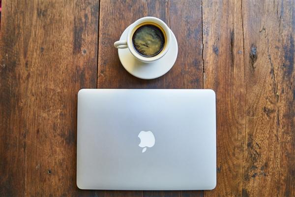 库克称苹果永远不会垄断:核心战略是做到最好而不是最多