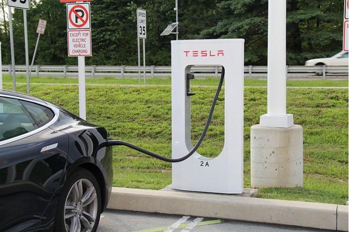 特斯拉承诺汽车将实现双向充电:马斯克欲望似乎并不强