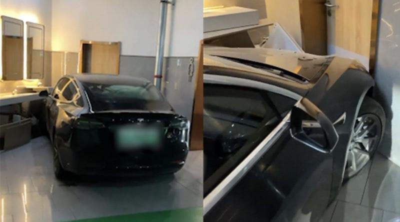 """1月4日,在山东临沂一辆特斯拉Model 3疑""""失控""""闯入商场洗手间"""