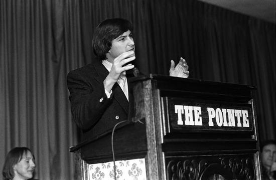 1984年乔布斯在PCForum演讲|视觉中国