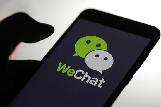 以弱搏强,美国华人阻击微信禁令的45天