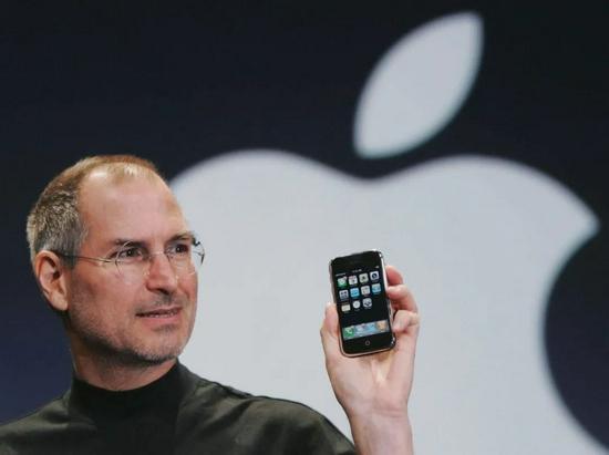 乔布斯发布初代iPhone|wired