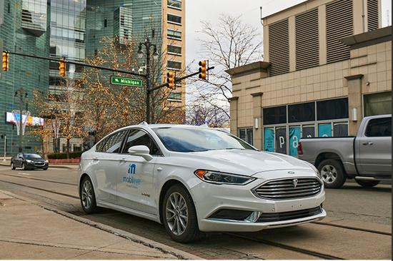 底特律街头的Mobileye自动驾驶测试车;来源:Mobileye官方