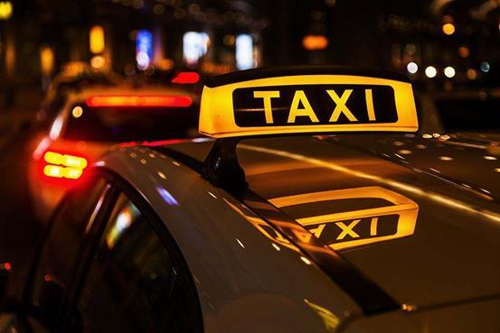 拯救出租车:生存与利益面前该如何抉择?| 观潮