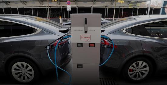 专家质疑特斯拉:新电池设计可能难以规模化生产